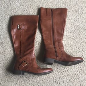 Wide calf boots, brown leather, Size 7.5